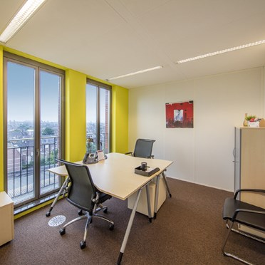Office space in 7th & 8th Floors Stationsplein 8K